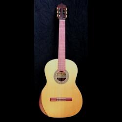 Kantare Dolce klassisk gitar med armstøtte
